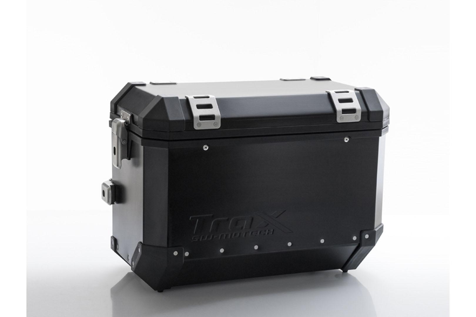 TraX EVO L 45L oikea 49x28x37cm musta
