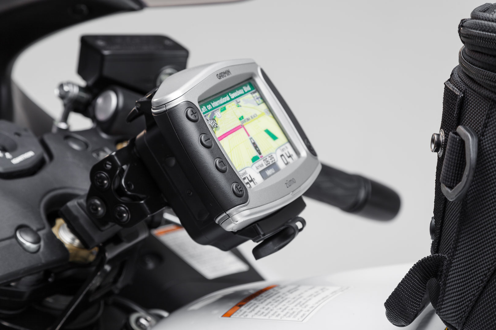 SW-Motech Quick-Lock GPS-pidike Suzuki GSX1300R Hayabusa