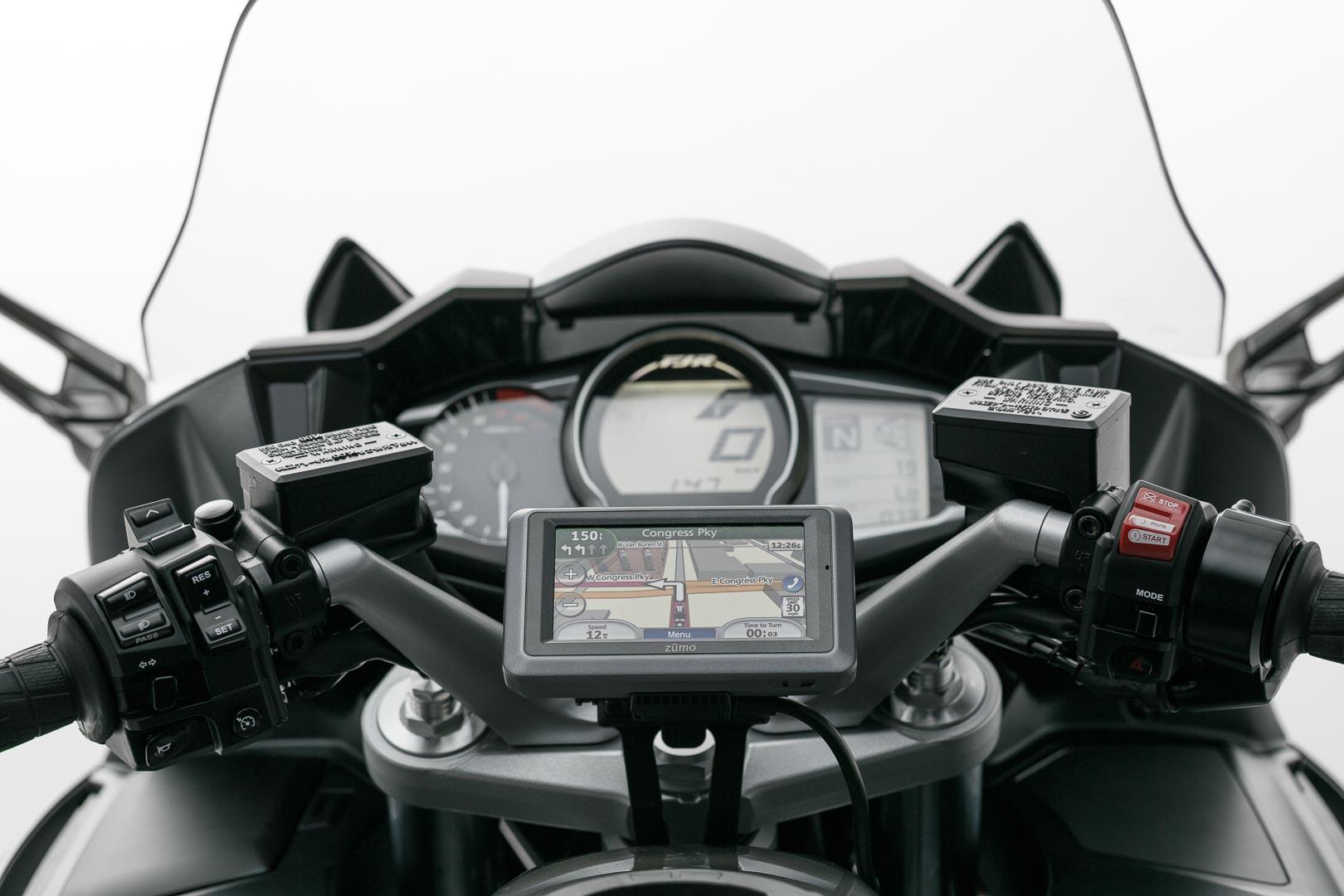 SW-Motech Quick-Lock GPS-pidike Yamaha FJR1300
