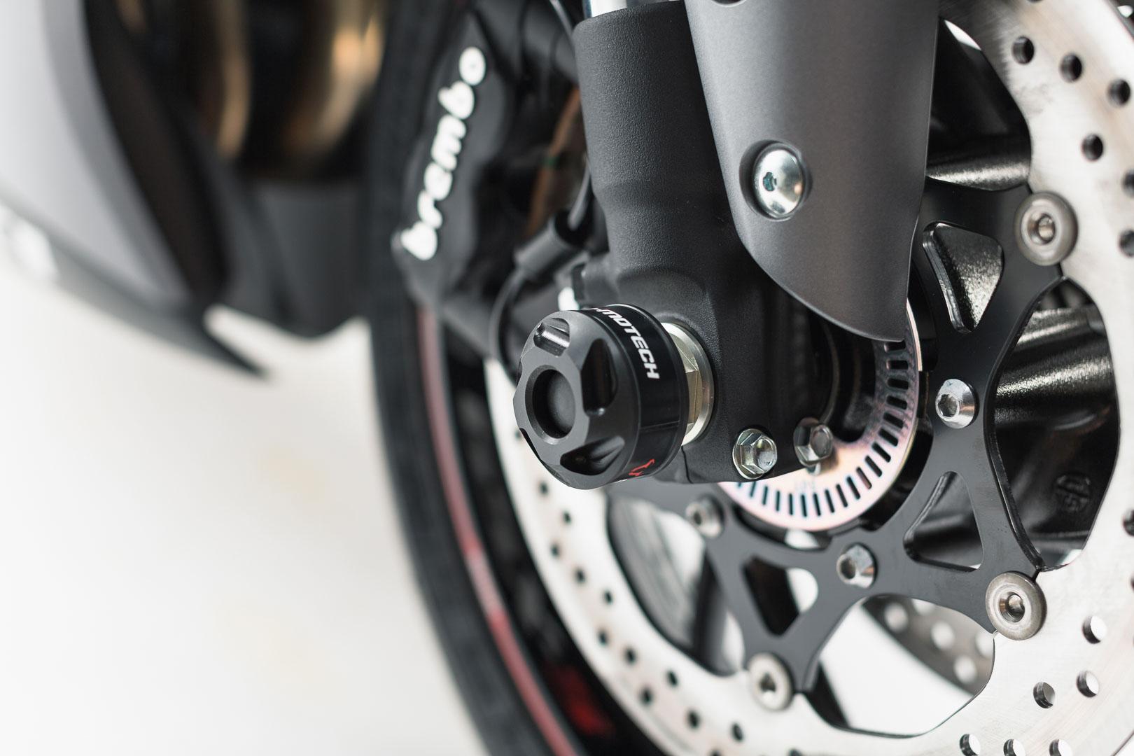 Slider set for front axle Suzuki GSX-S1000 / F 15-