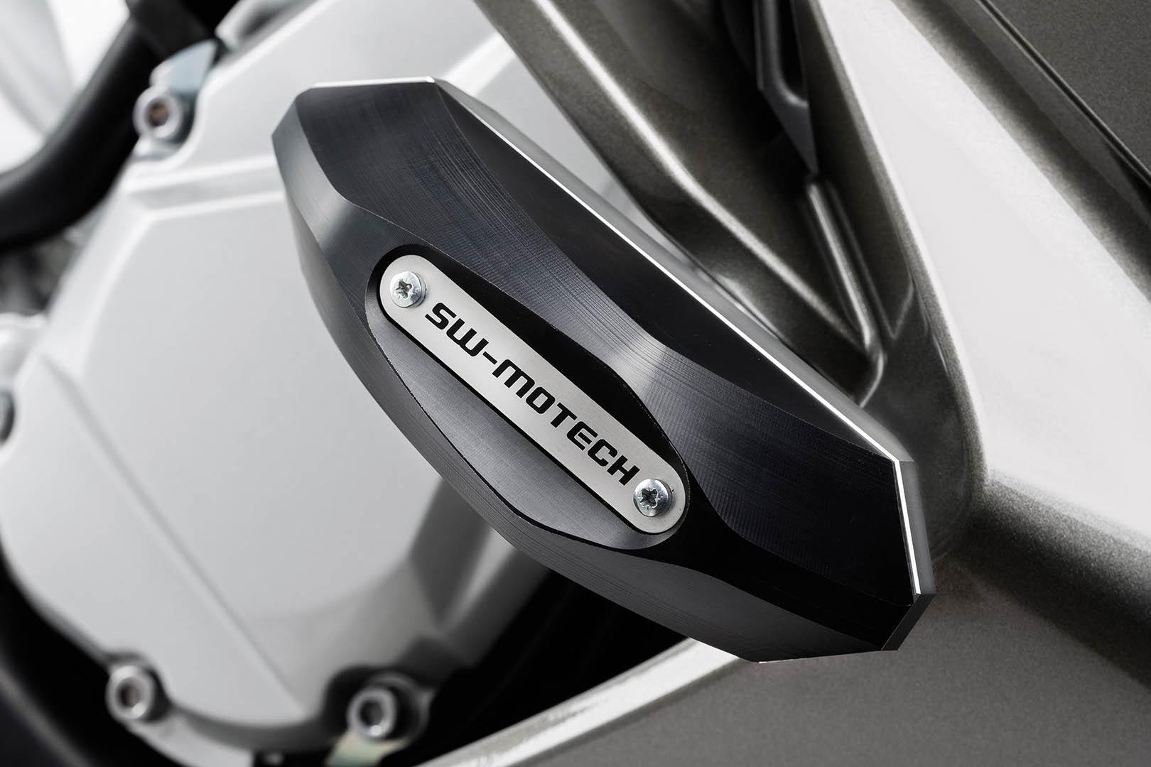 Frame Slider -sarja, Yamaha FJR1300 06-