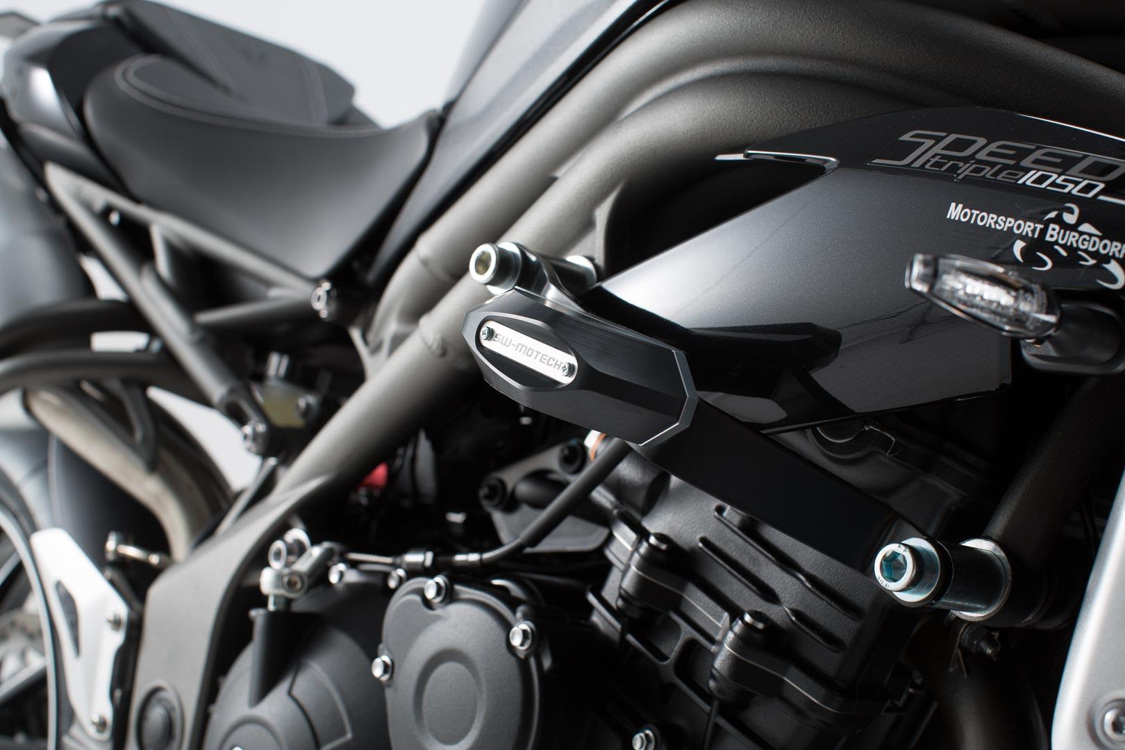 Frame Slider -sarja, Triumph Speed Triple 1050/R 10-