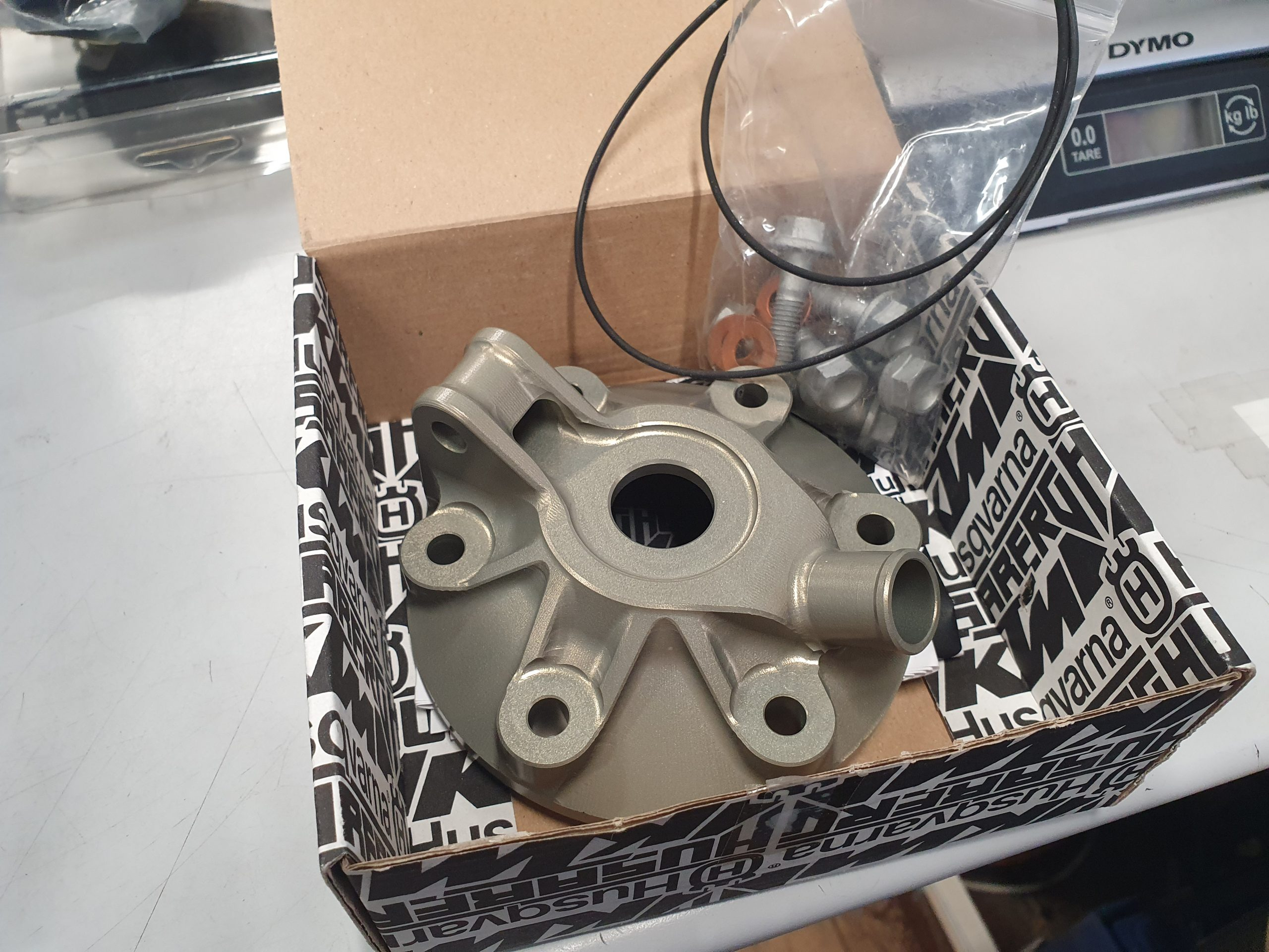 PERFORMANCE CYLINDER HEAD 300